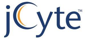 """Imagen del logotipo de la compañía jCyte. Éste está compuesto por el nombre de la compañía en azul, cuya """"C"""" mayúscula tiene una doble línea en su concavidad, probablemente representando la membrana celular de una célula humana. Esta doble línea es de color naranja y el fondo del logotipo es blanco."""